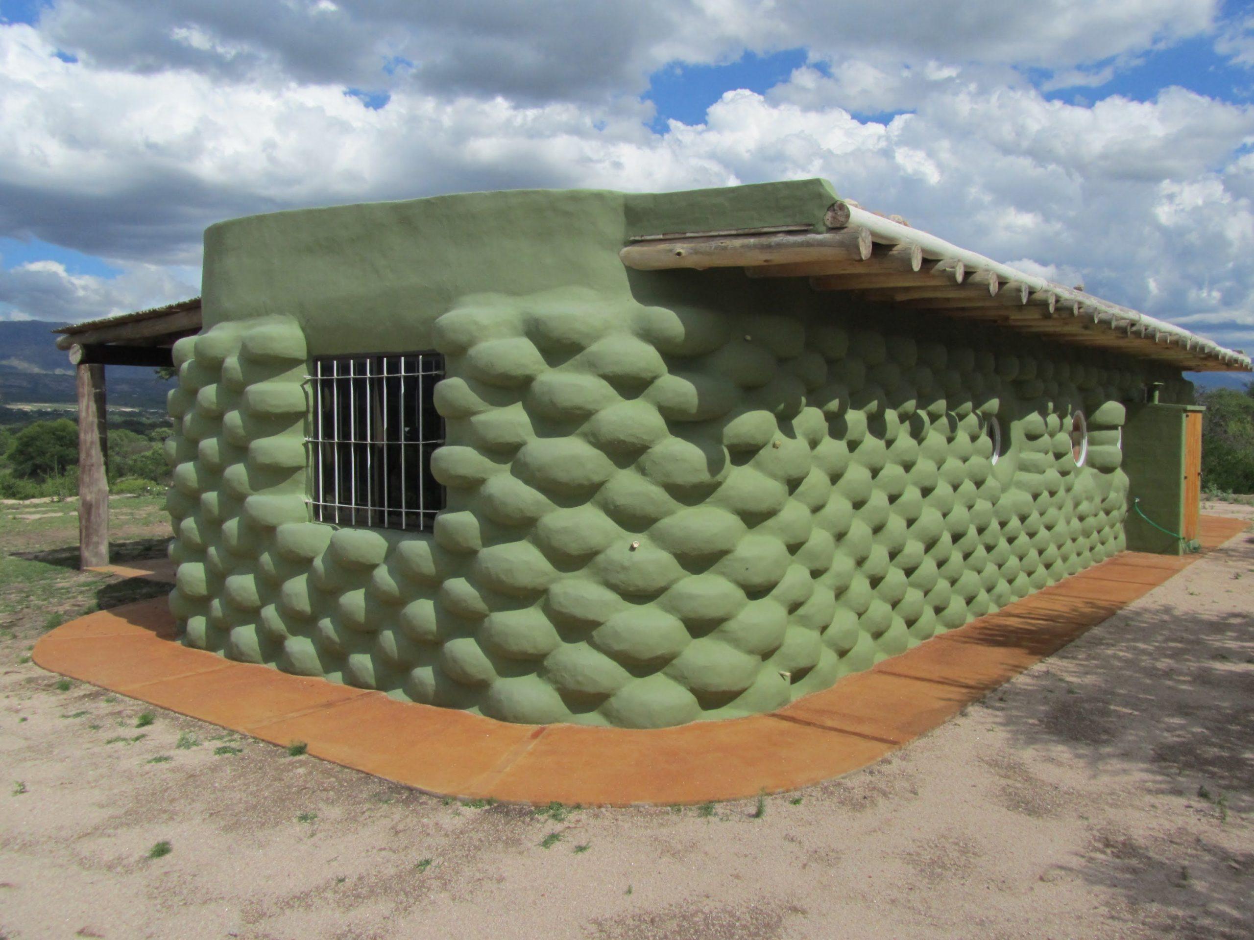 дом из покрышек зеленый корабль