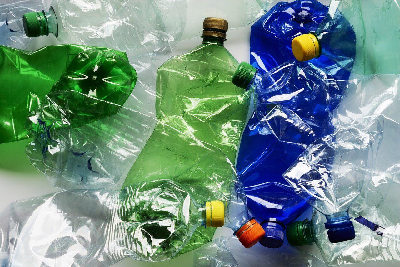 Пластиковые бутылки, пэт