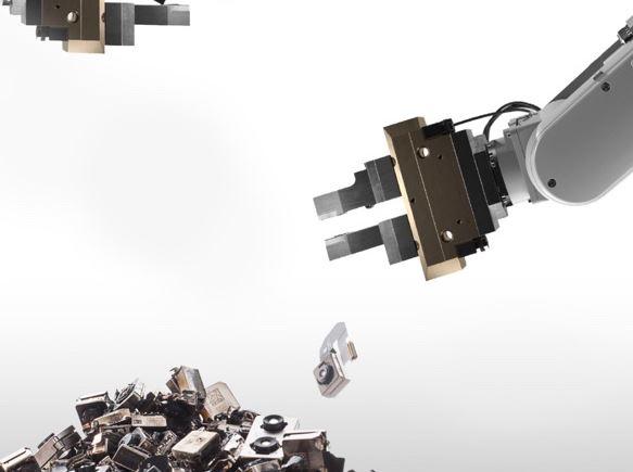 оботы по переработке айфонов