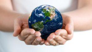 Экологический плакат Земля